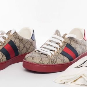 Gucci Ace GG Supreme Sneakers UNISEX (US 7 mens)
